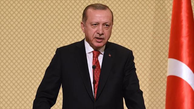 """Erdogan califica a Al-Asad de """"terrorista"""" y pide su cabeza"""