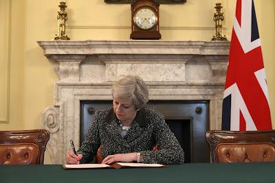 Brexit, Európai Unió, Lisszaboni Szerződés, Theresa May, Egyesült Királyság, Downing Street