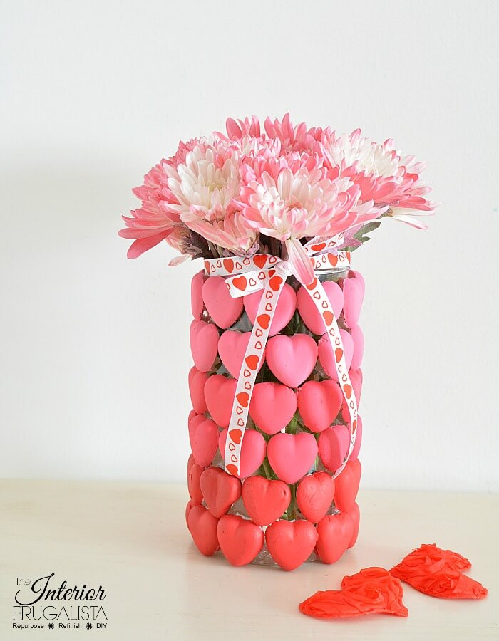 How to make a unique and inexpensive DIY Ombre Valentine Flower Vase, Valentine Candle Holder, or Valentine Candy Vase with heart shaped Mod Melts.