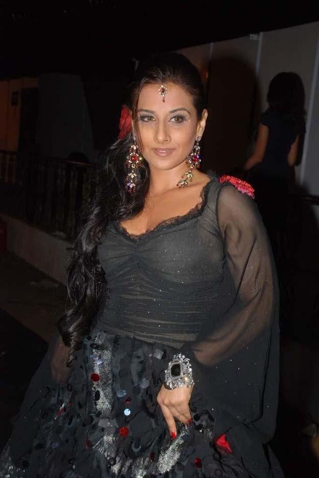 Unseen Vidya Balan Hot Photos  521 Entertainment World-9116