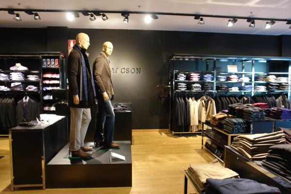 072d94c2d5c89 Tienda De Ropa Interior Masculina En Valencia   Cadena de moda masculina  macson abriendo nuevas tiendas