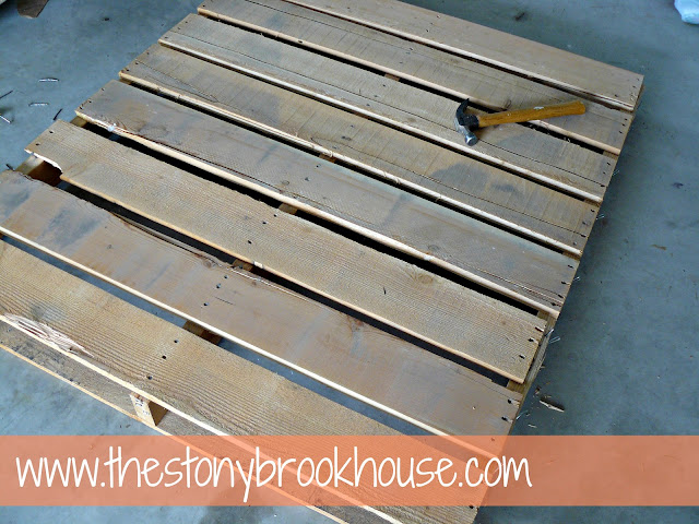Pallet boards for sign