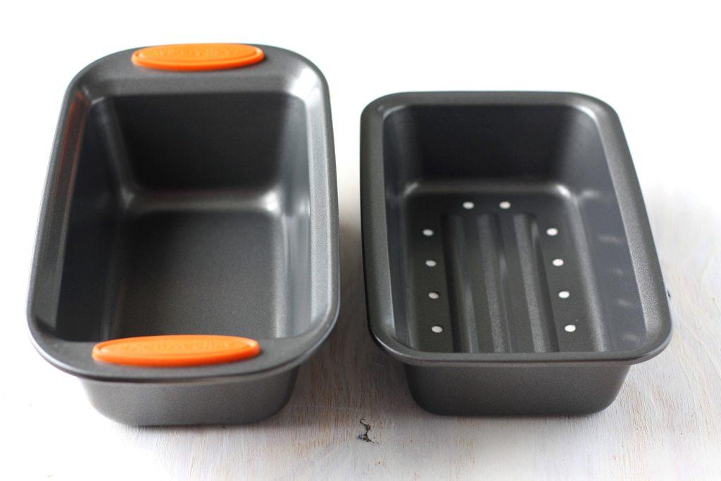 Mango Amp Tomato Rachael Ray S Meatloaf Pan Amp Garbage Bowl
