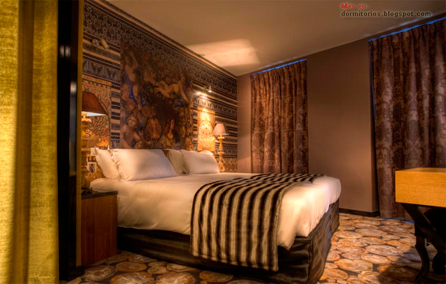 Habitaciones de hotel rom ntico en paris for Detalles en habitaciones de hotel