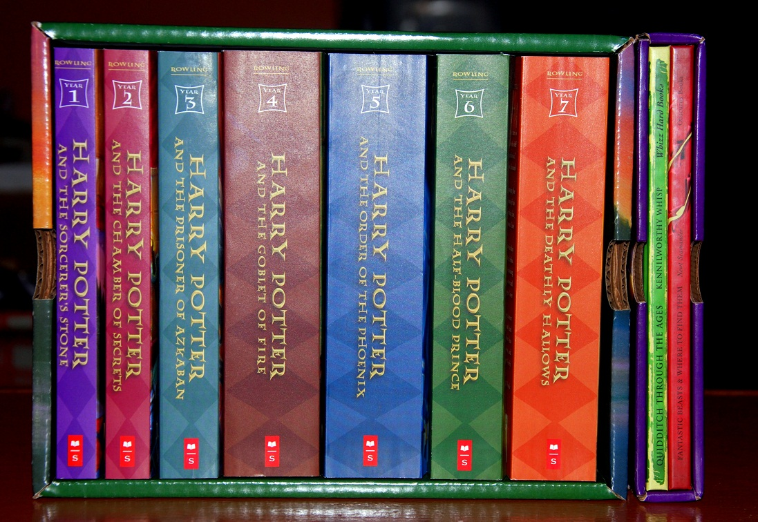 Harry Potter Book Collection : Girl travel factor harry potter books