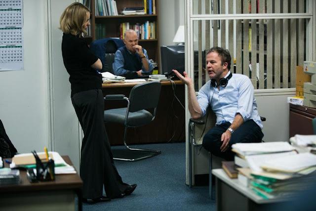 Thom McCarthy dirigiendo a Rachel McAdams