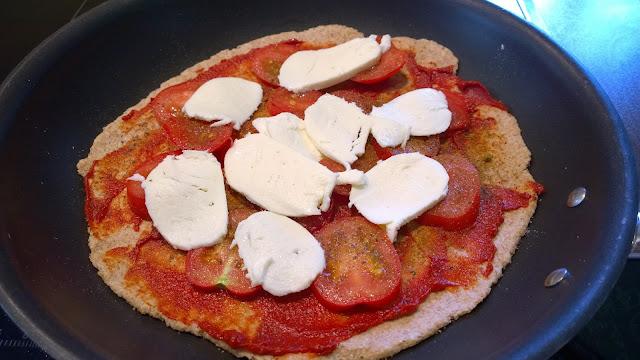 Pizzaboden belegen (c) by Joachim Wenk