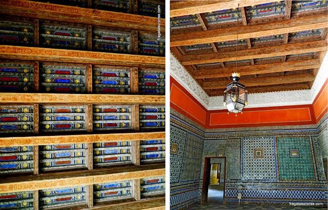 Decoração do teto e sala mudéjar na Casa de Pilatos, Sevilha