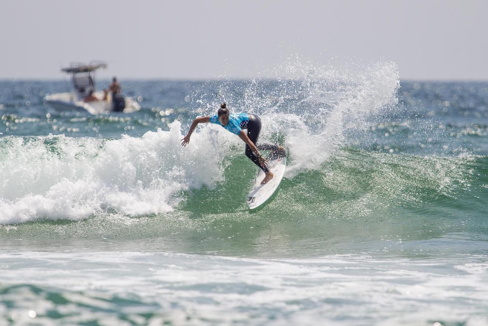7 Malia Manuel Vans US Open of Surfing foto Jackson Van Kirk WSL