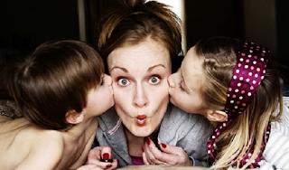 Τα παιδιά που έχουν γκρινιάρες μαμάδες γίνονται πιο επιτυχημένα