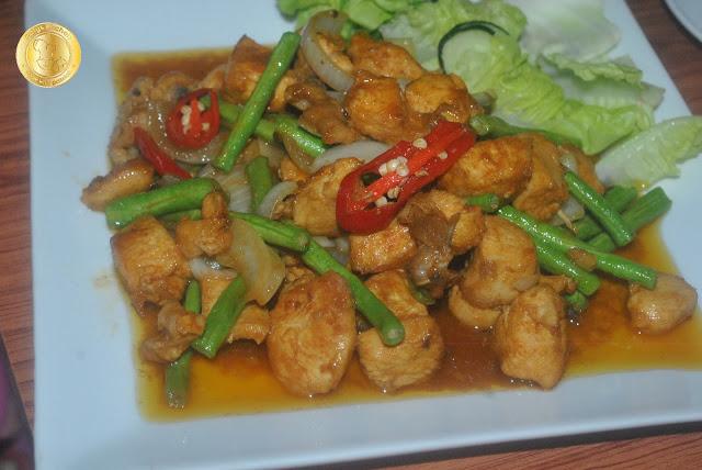 Sajian Resepi Ayam Masak Kunyit Berkuah Azie Kitchen Arisa