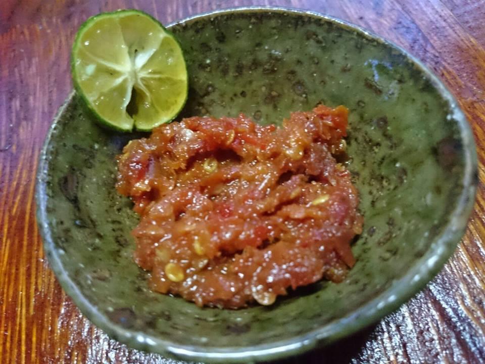 Rumah Makan Sambal Nek Uwan, aneka macam makanan khas Pontianak