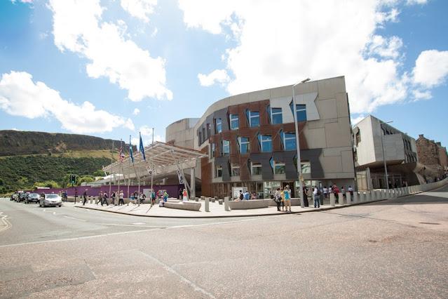 Verso Calton hill-Edimburgo