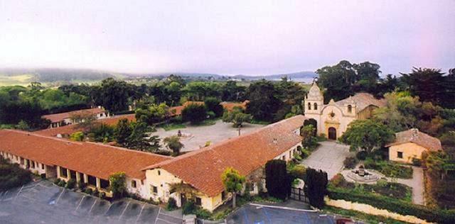 Visitar a Missão Carmel em Carmel-by-the-Sea