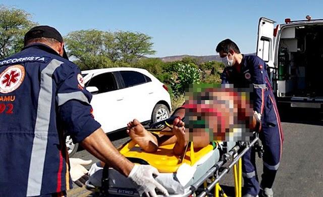 Jovem morre antes de chegar ao HRC após acidente entre Uiraúna e Sousa; Ela fez aniversário domingo