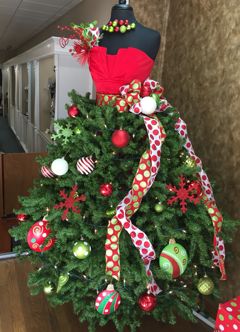 10 Christmas Trees to Inspire Your Holiday Decor - The Daily Affair ...