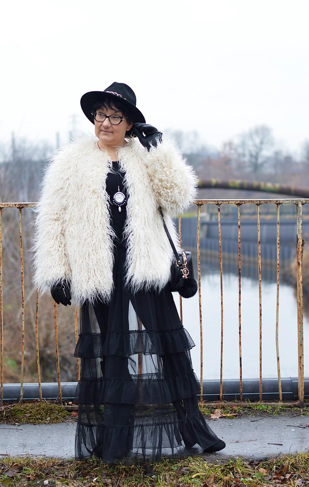 White Fur, Kremowe futerko H&M