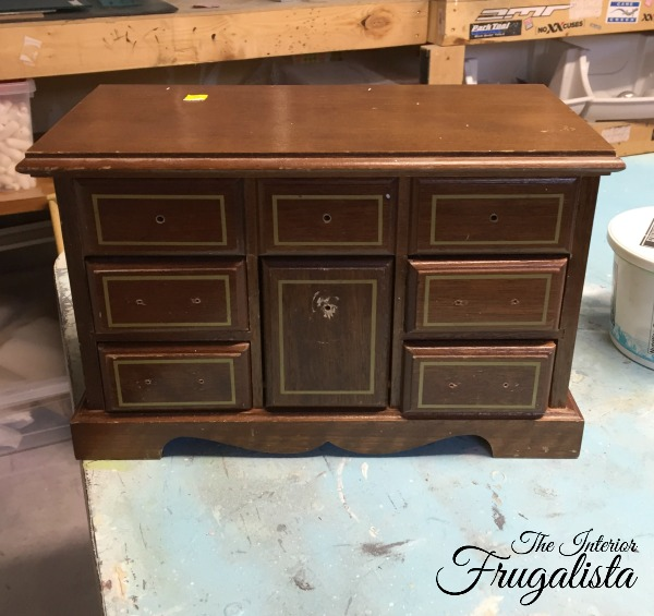 Vintage jewelry box before chalk painted in Mint