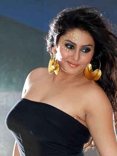 hotsnspicy: namitha hot pics