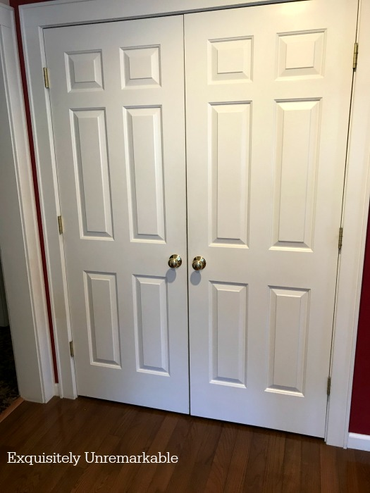 White Pantry Doors With Gold Door Knobs