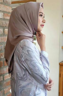jualan hijab murah dan mudah ada cewek manis
