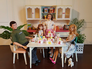 The One Sixth Scale Dollhouse New Easter Cakes In 1 6 Scale Listed