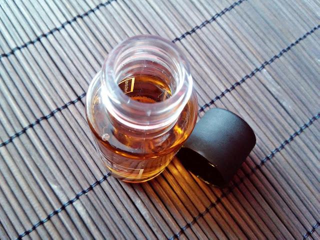 Bioelixire, Macadamia Oil + Collagen - Serum do włosów, otwarcie opakowania