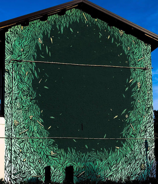 Street Art Mural By Tellas In Dozza For The Biennale del muro dipinto 2013. 3