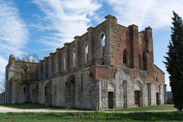 Abbazia di San Galgano -  Toscana