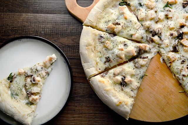 Kale & Mushroom Chicken Alfredo Pizza