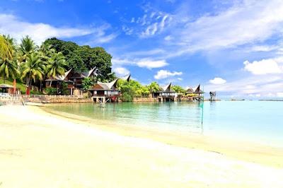 Pantai Marina: Tempat Wisata Paling Komplit, Seru dan Murah di Batam