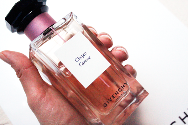 EMBAJADORA CHYPRE CARESSE GIVENCHY