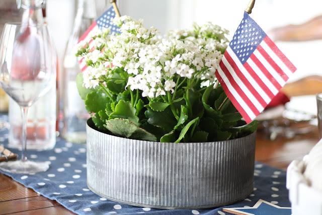 maison-de-cinq-patriotic-tablescape-11