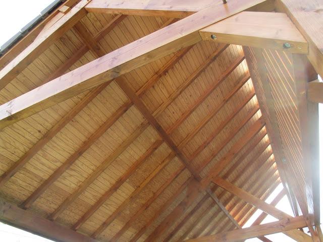 Habillage sous toiture en lambris - Appentis pour camping car