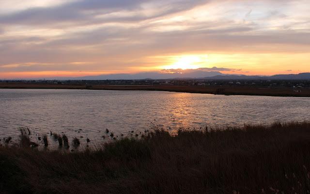 Puesta de sol en la laguna de les Olles