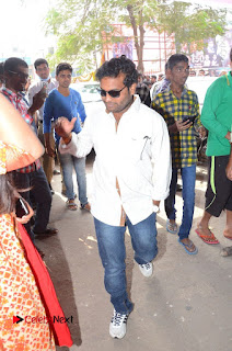 Shatamanam Bhavati Team at Sandhya Theater  0009.JPG