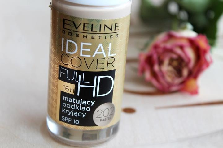 Eveline Ideal Cover podkład matujący SPF10
