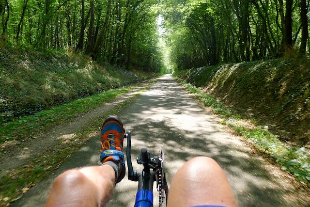 De Paris à Narbonne en vélo, Piste cyclable de Châlon à Cluny