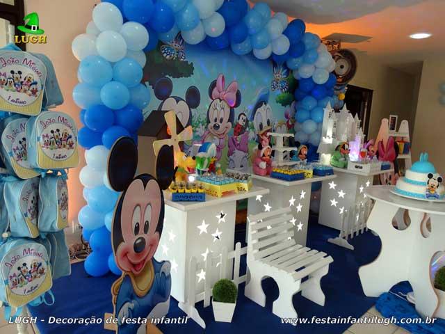 Mesa temática de festa infantil tema Baby Disney