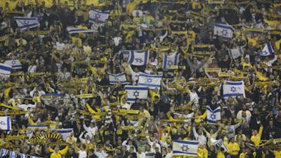 Mira como se vive un partido de fútbol en Israel