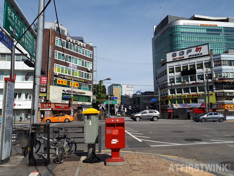 first morning in seoul near jongno 3-ga metro station