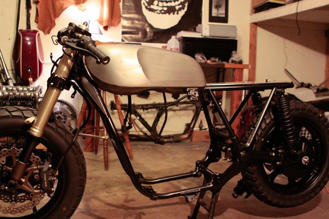Yamaha XS850 cafe racer frame