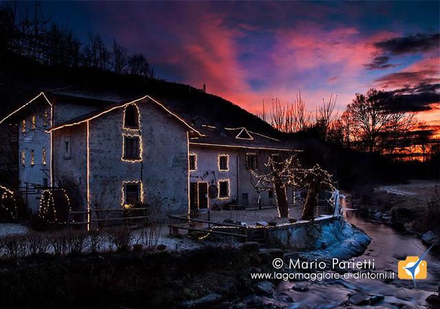 Luminarie di Natale al museo del Trotto di Cagno in provincia di Como
