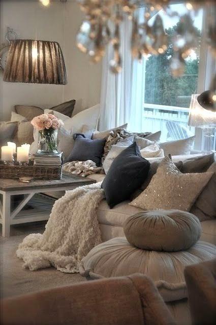 poduszki zdobiace wnetrze