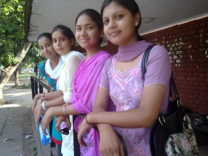 Desi Beautiful Hot Punjabi Girls Sexy Photos - Beautiful -2621