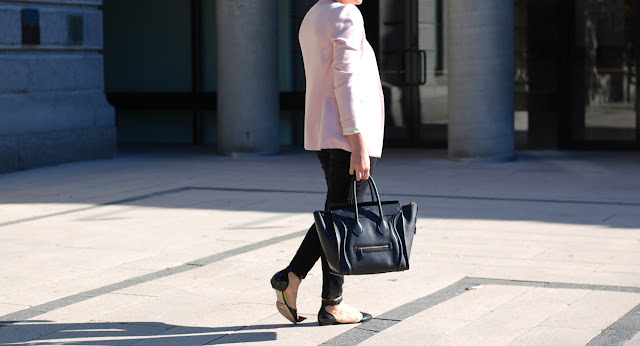 Pale pink Zara blazer, Old Navy Rockstar jeans, Topshop leather flats and a Celine Mini Luggage tote.