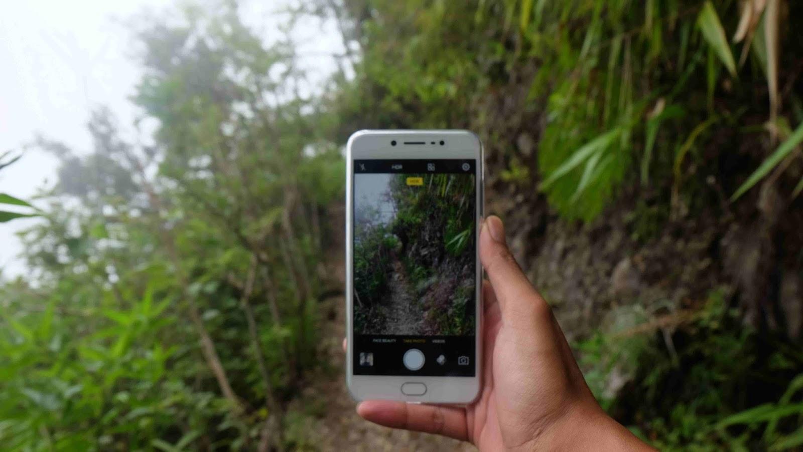 Whatever I M Backpacker Traveling Juga Butuh Selfie