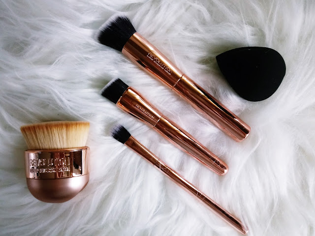 Ultra Sculpt & Blend Collection + Kabuki Brush MAKEUP REVOLUTION