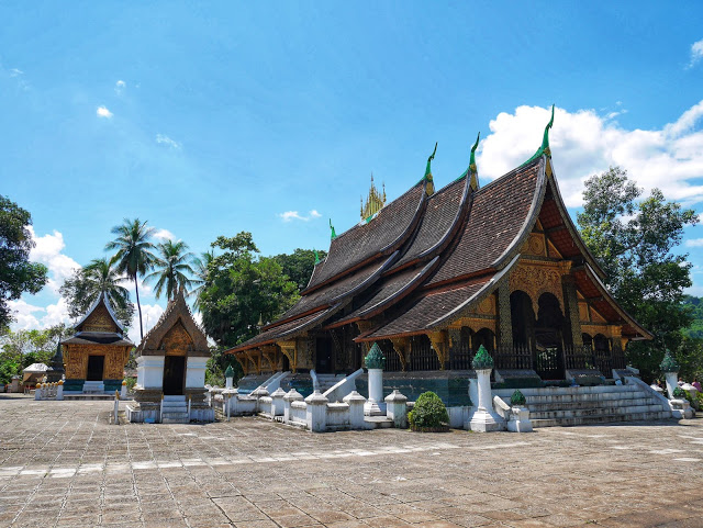 wat xiengthong luang prabang main temple hall