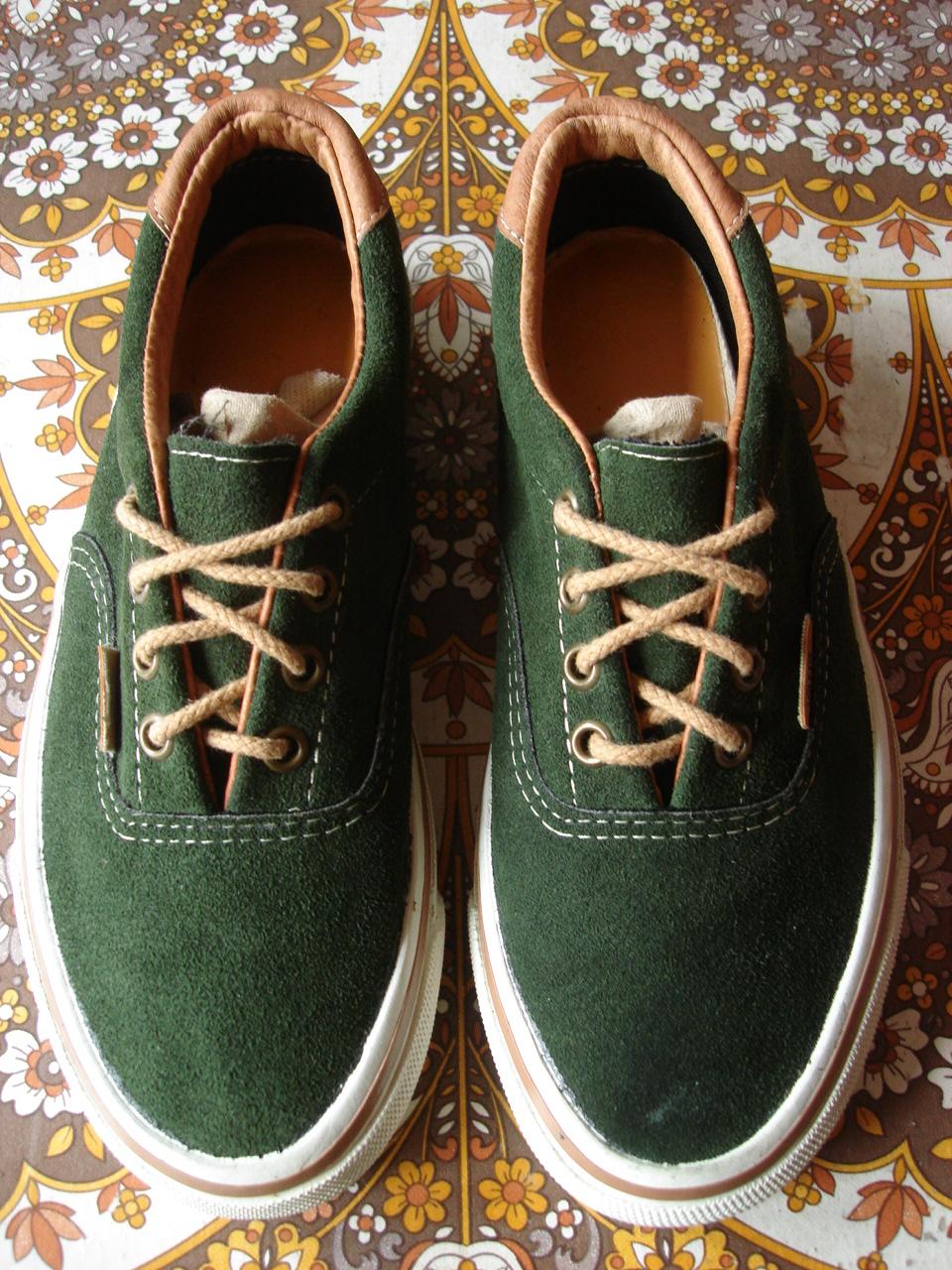 Theothersideofthepillow Vintage Vans Dark Green Suede Era